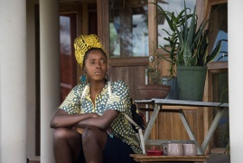 © Уриел Орлов,Трибуналът на Мафавуке (Imbizo Ka Mafavuke (Mafavuke's Tribunal)), 2017. Видео кадър